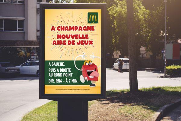 Affiche directionnel McDonalds
